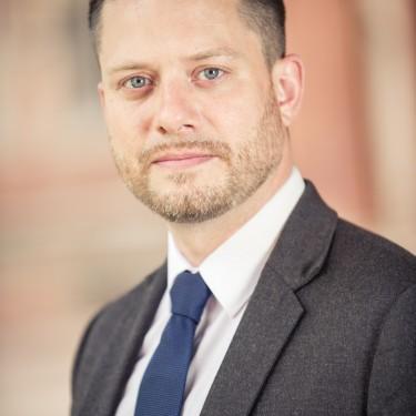 Dr Alex Schwartz