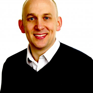 Dr Muiris MacCarthaigh